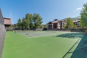 Trappeur's Crossing Tennis Courts