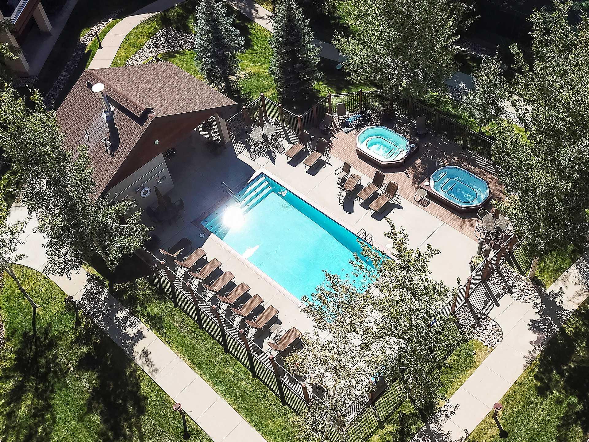 AL4205: Aspen Lodge