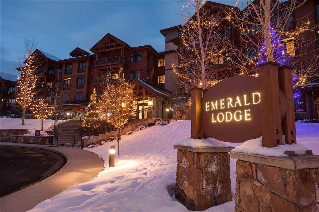 EL5207: Emerald Lodge