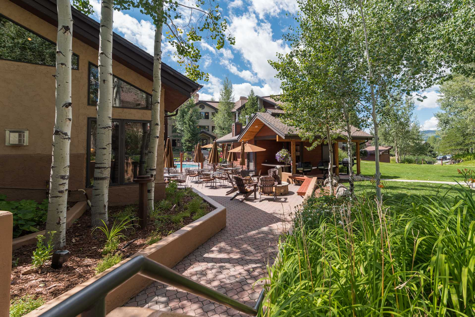 TL2106: Timberline Lodge